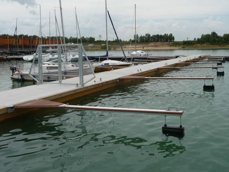 Clements docks